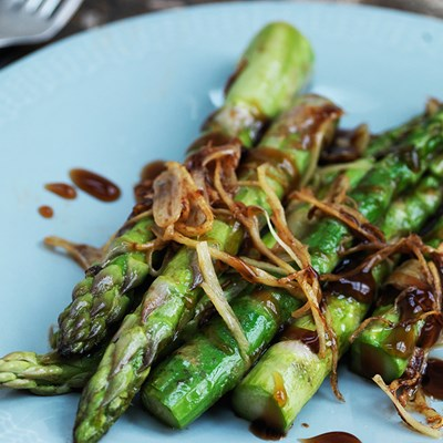 Wok Fried Asparagus with Soy and Ginger