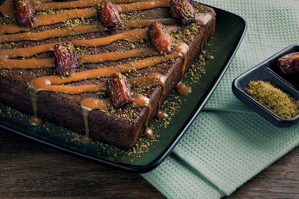 Sticky Date Cake with Toffee Sauce